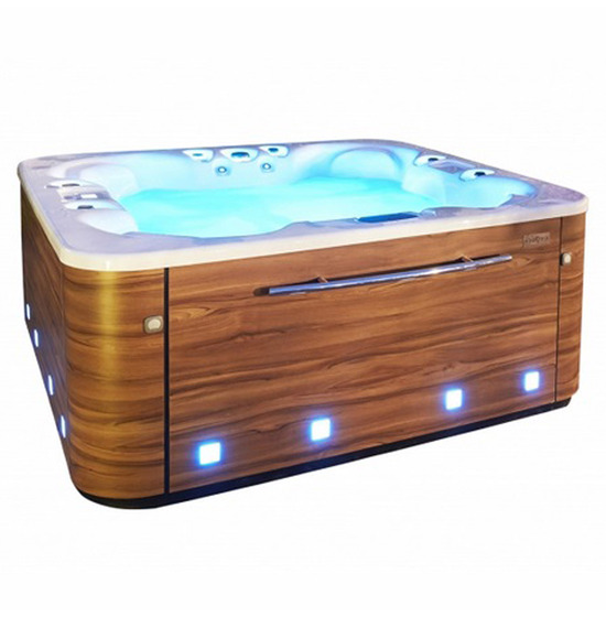 achat spa jacuzzi aquavia mod le sunset toulon var marseille la garde carqueiranne la. Black Bedroom Furniture Sets. Home Design Ideas