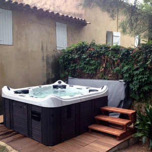 Installation du spa CATALINA SPAS modèle AVIATOR à Toulon 83000