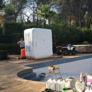 Dépose de l'ancien jacuzzi et installation du nouveau spa CATALINA SPAS