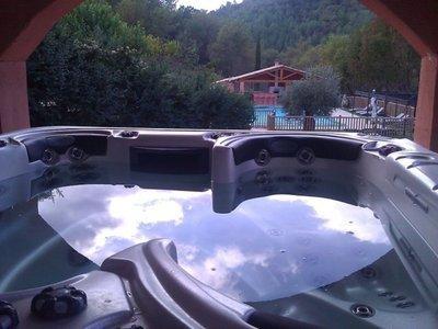 Vente et installation d'un jacuzzi CATALINA Voyager à Chateau Vert VAR 83670