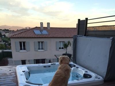 Le gardien :) spa encastré CATALINA SPA modèle Aurora à Cuers dans le VAR