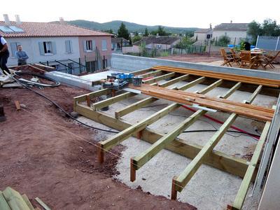 Réalisation de la terrasse en bois