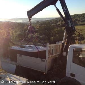 Achat et installation d'un jacuzzi STRONG SPAS modèle DSA54 à Ollioules 83190 dans le Var.